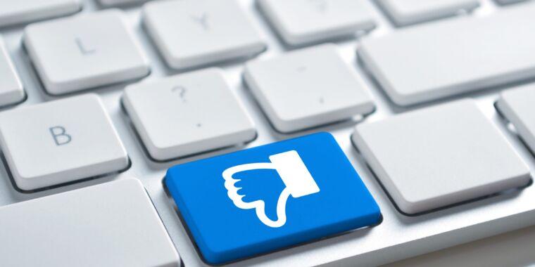Big Tech sues Florida, saying social media law violates First Amendment thumbnail