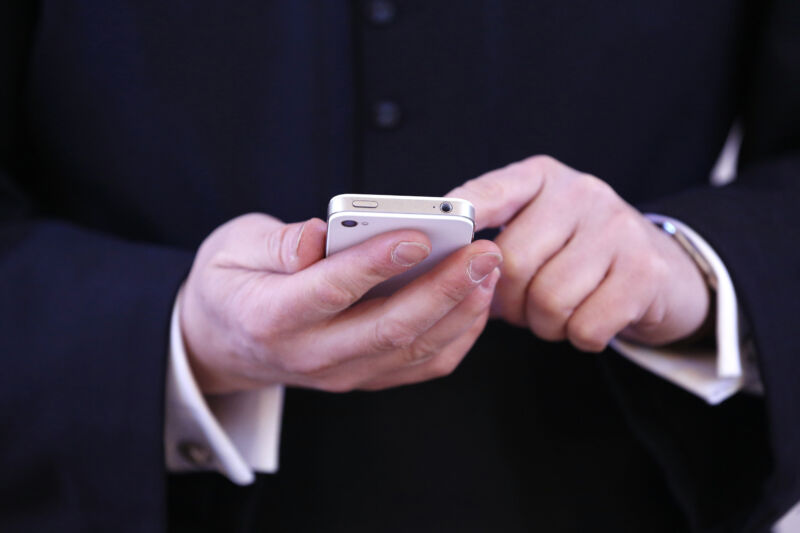 """Catholic priest quits after """"anonymized"""" data revealed alleged use of Grindr"""