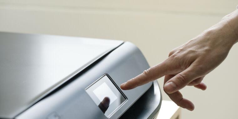 Disable the Windows print spooler to prevent hacks, Microsoft tells customers - Ars Technica
