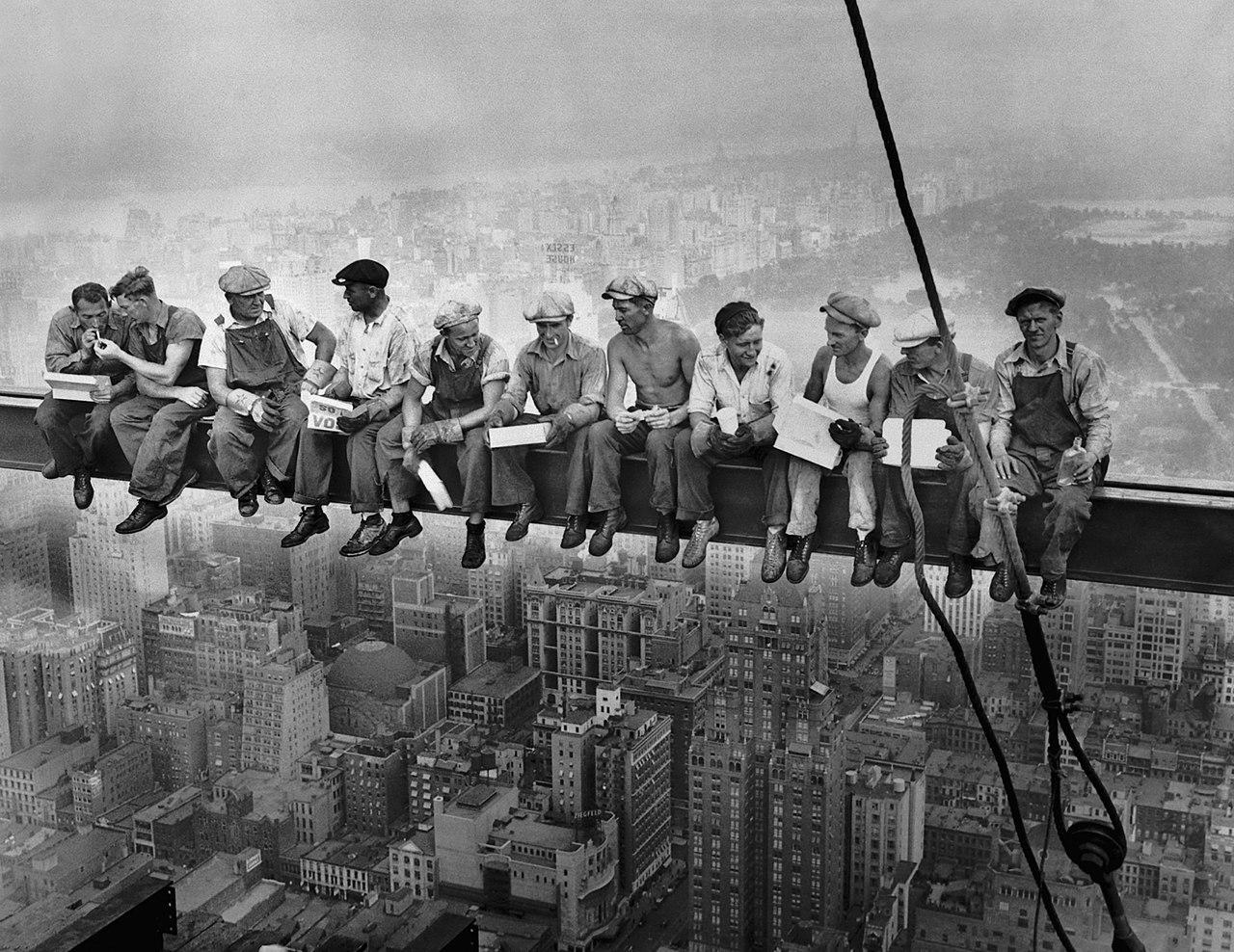 Lunch atop a skyscraper in 1932.