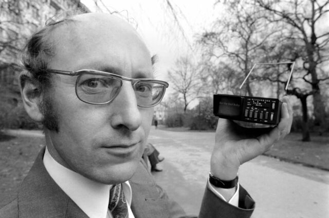 RIP Sir Clive Sinclair, creator of UK's famed ZX Spectrum gaming computer