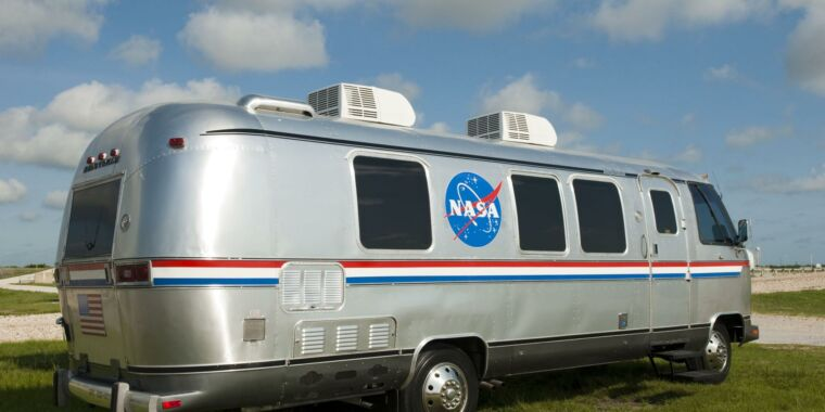 NASA seeks a new ride for astronauts to the Artemis launch pad - Ars Technica