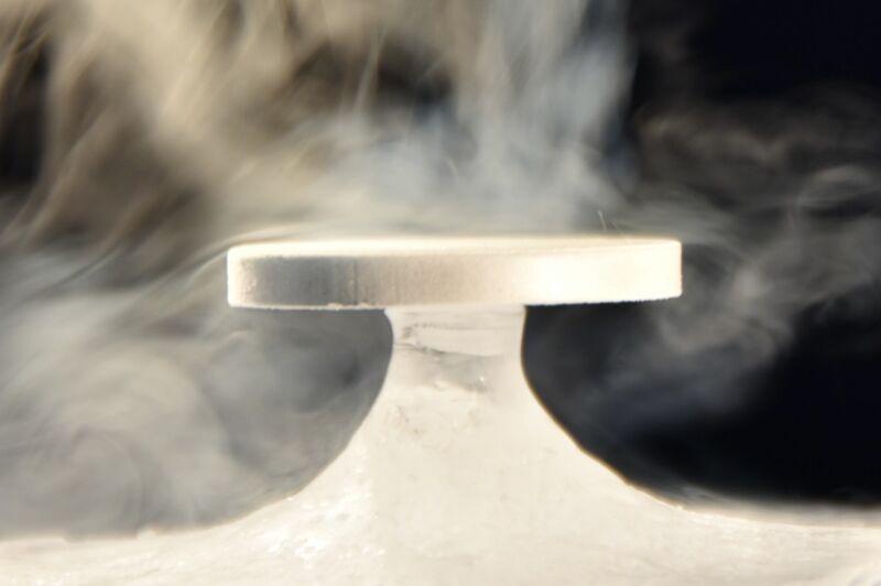 A laboratory reproduction of the Zen stone phenomenon in a lyophilizer.