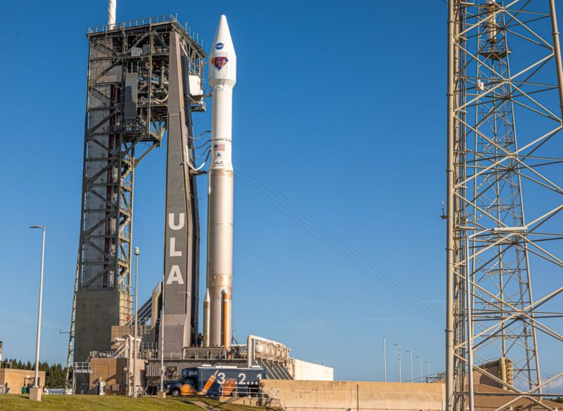 Atlas V with the Lucy spacecraft aboard an SLC-41 on the morning of October 15 as media set their sound-activated remote cameras.