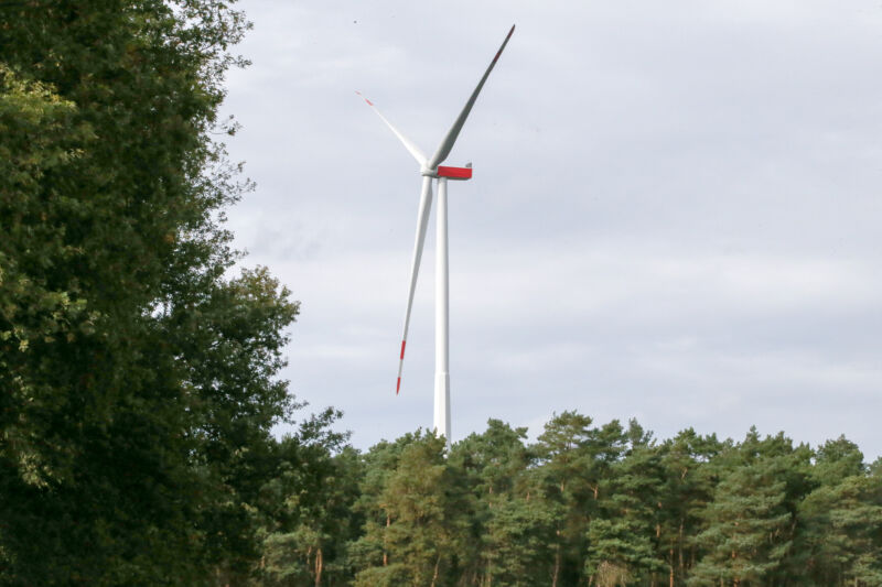 Image of a wind turbine.