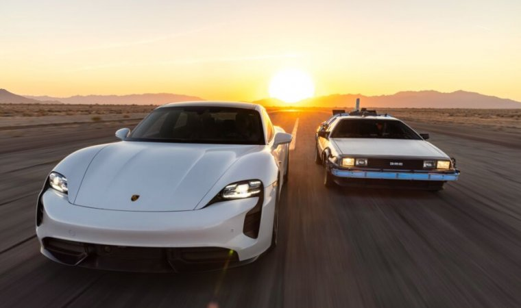 A Porsche Taycan and a Back to the Future DeLorean