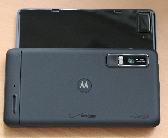 The Droid 3 has a slightly rubberized back panel and reflective back to the screen, which has a tiny dashed pattern.