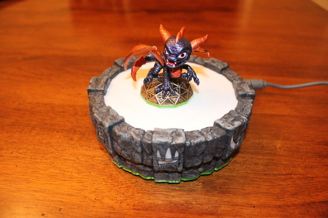 The 360 portal, complete with Spyro statue