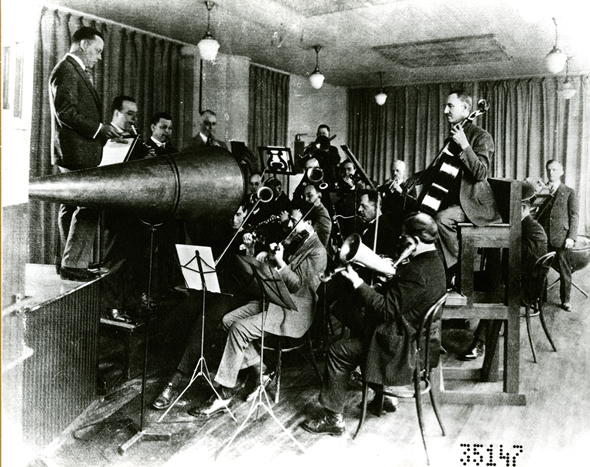 An acoustic recording session (Library of Congress)