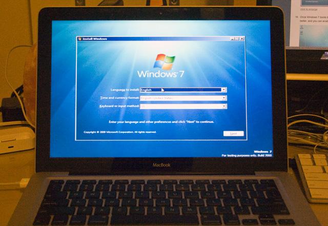 Win7_MacBook_BootCamp.jpg