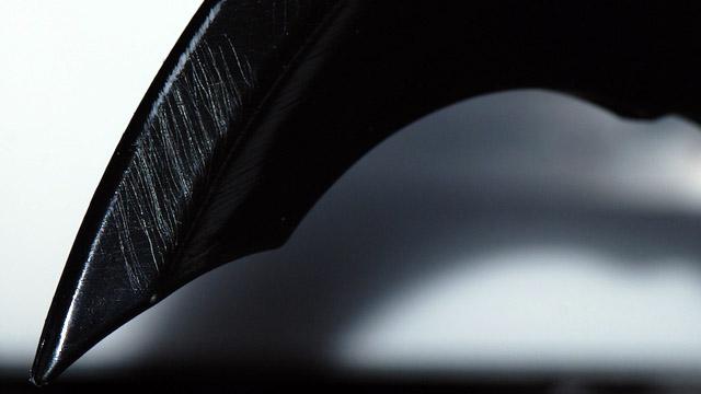 batarang 2.jpg