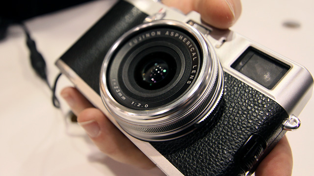 The 23mm f/2.0 lens features a compact design, and has the same angle of view of classic 35mm compact cameras of the past.