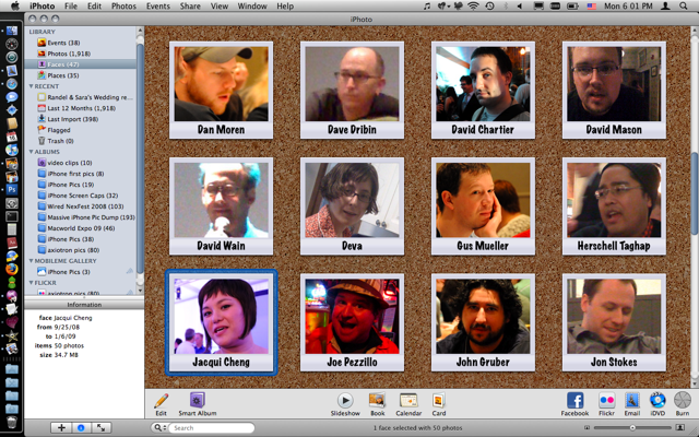 iPhoto '09 Faces view