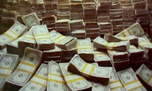 This is the pile of cash Apple will be swimming in if iPhone sales go as well as expected.