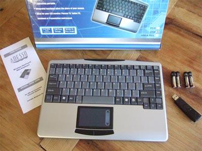 Adesso Wireless SlimTouch Mini Keyboard