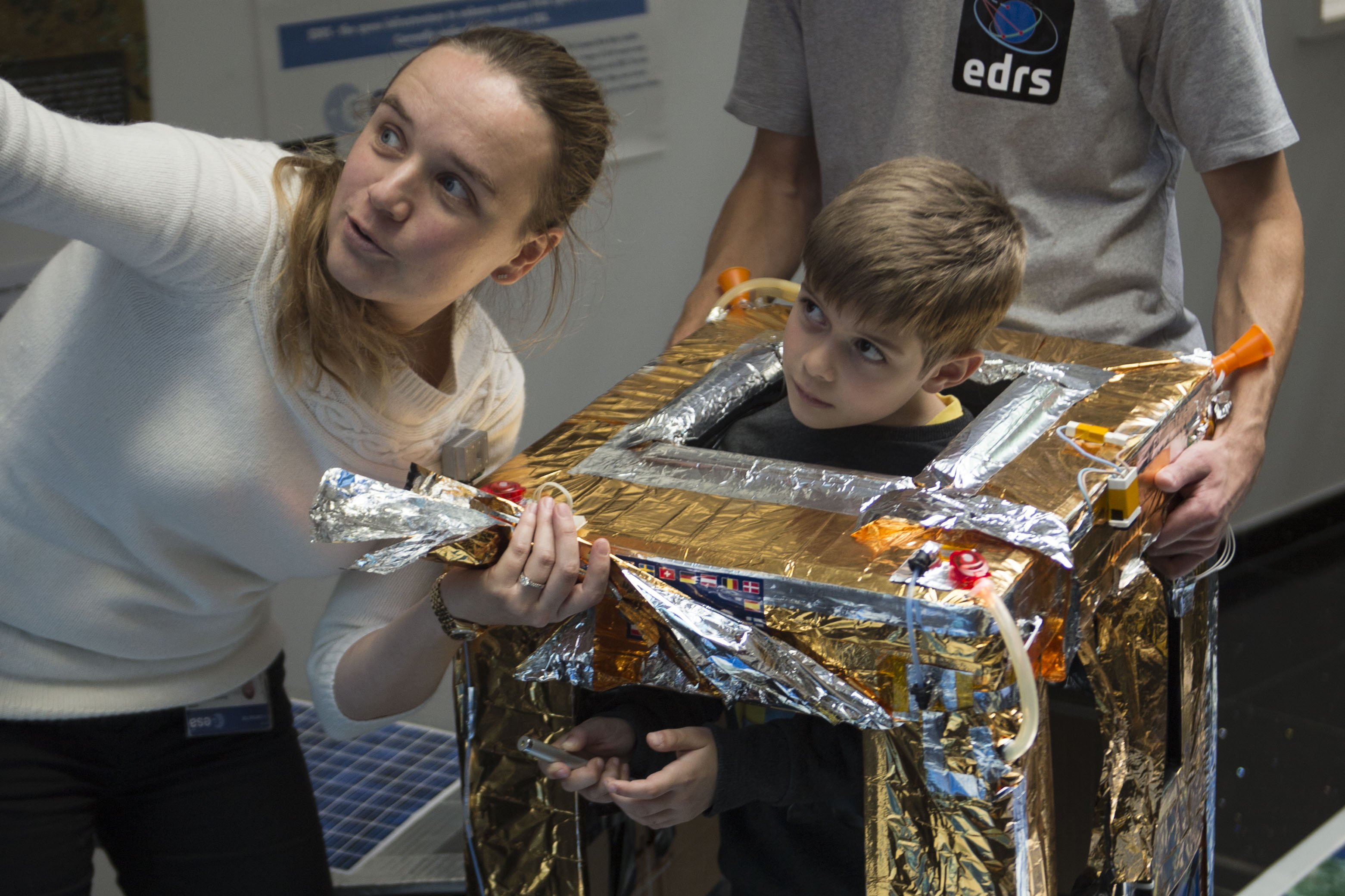 A kid pretending to be an EDRS satellite...
