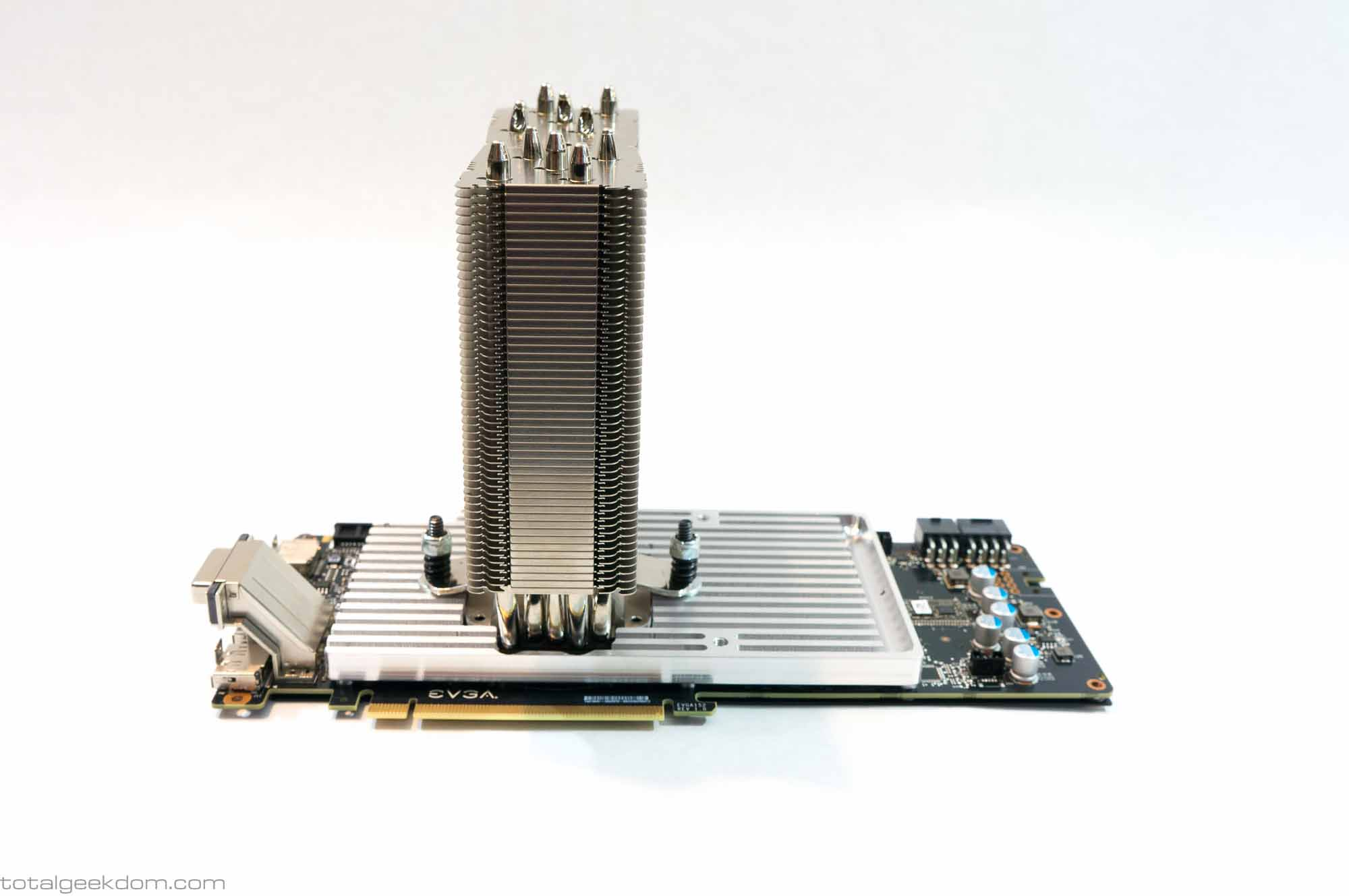 The wondrous custom-made GPU heatsink.