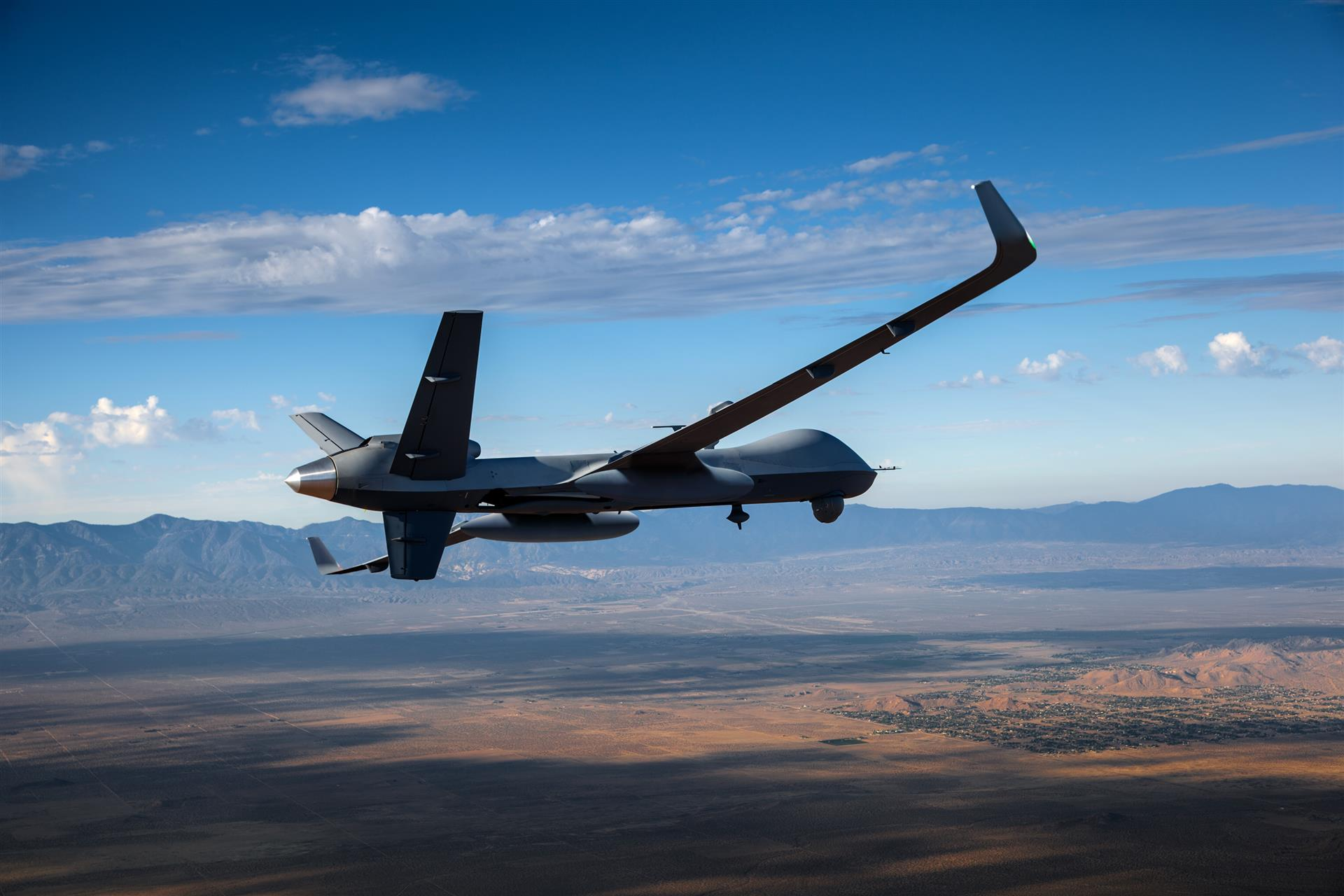 Airbus zephyr the eternal high altitude surveillance sun drone extended range reaper fandeluxe Choice Image