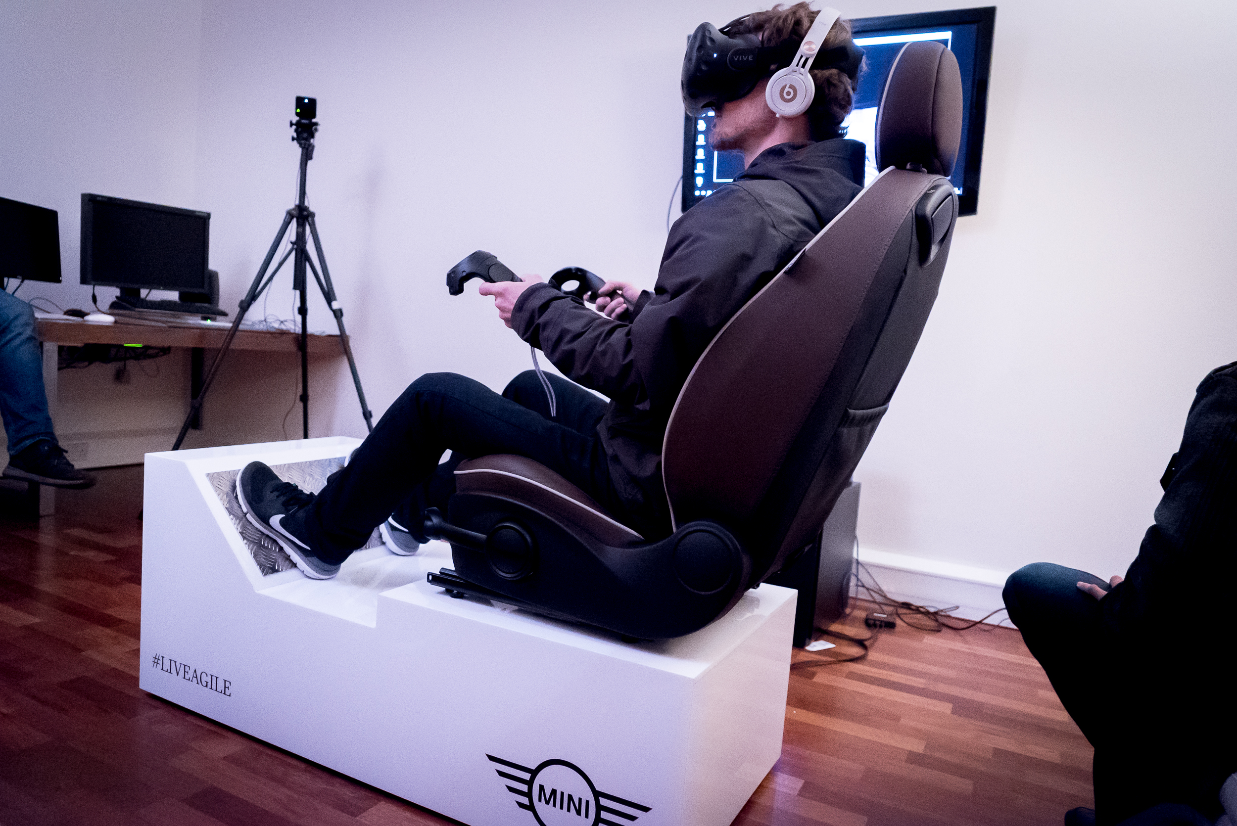 Framestore created a Mini test drive experience on the HTC Vive, complete with vibrating chair.
