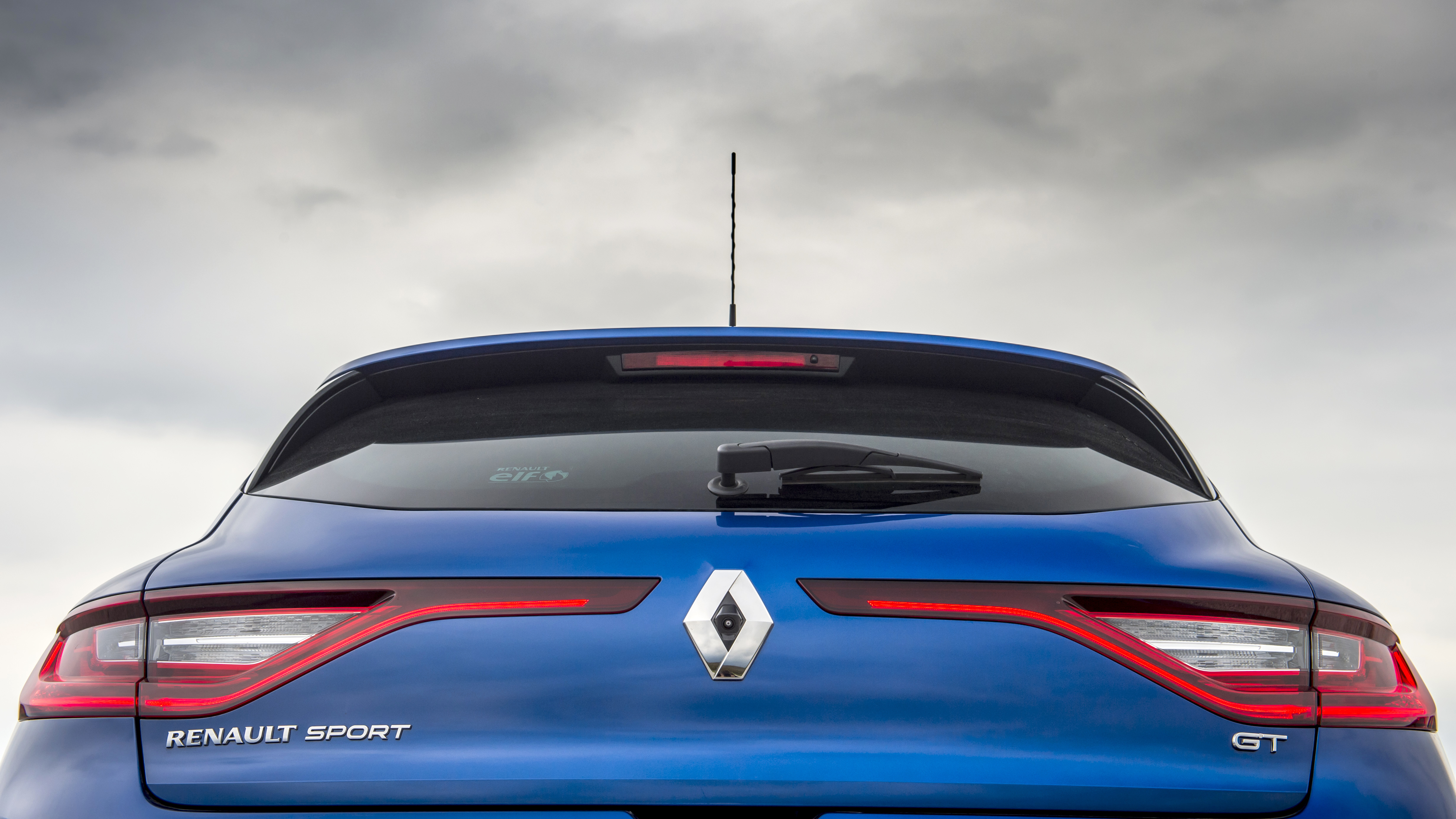 2016 Renault Mégane GT review: Clever tech, four-wheel steering, va