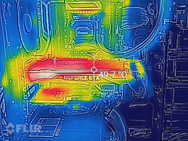 Here's what the office gaming PC looks like with the S60's thermal camera.
