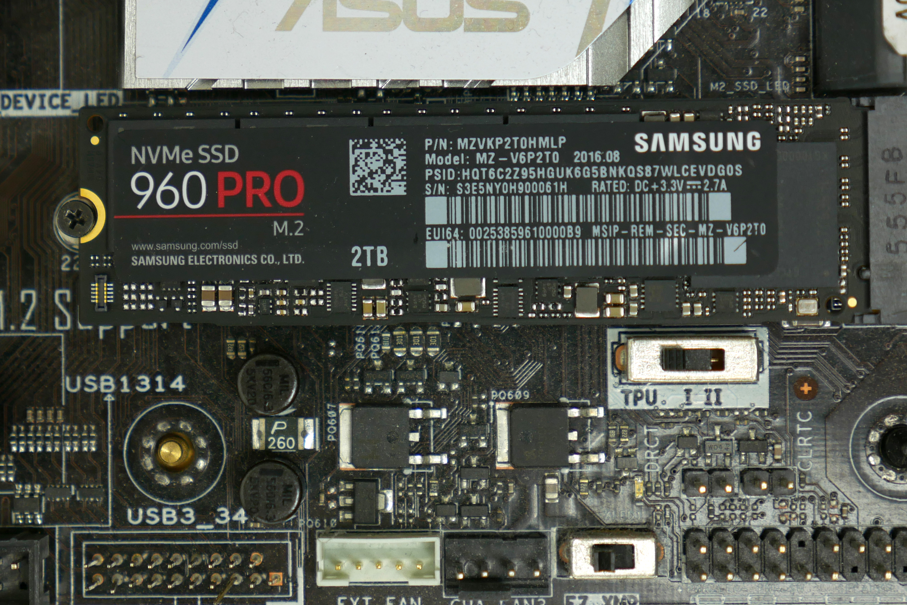 Samsung 960 Pro Review The Fastest Consumer Ssd You Can Buy Ars 860 Evo 25 Inch Sata Iii 250gb Enlarge