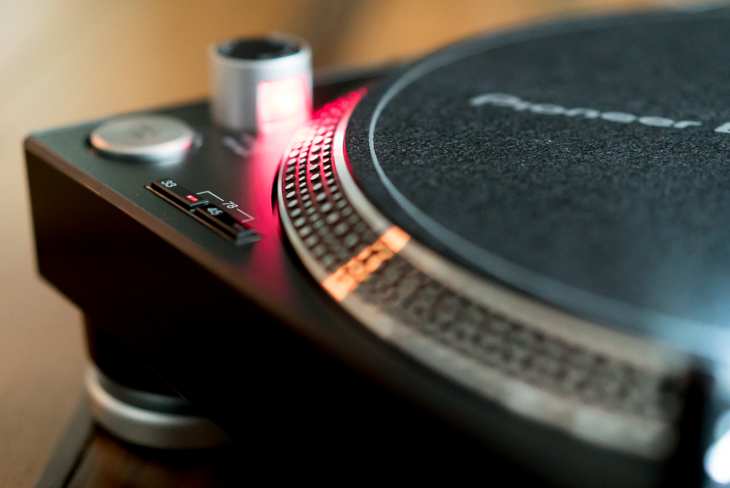 The PLX-500 is a great introduction to vinyl hi-fi and for DJs that need a Technics-style fix on the cheap.