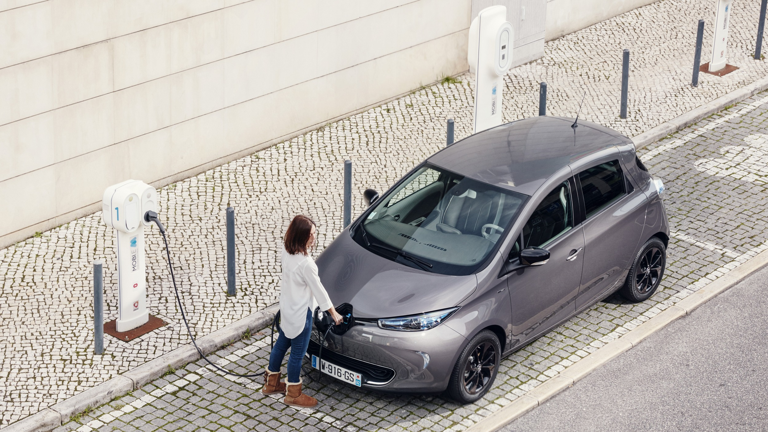 2017 Renault Zoe review: A cure for range anxiety | Ars Technica