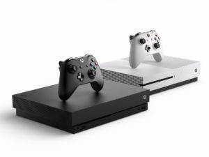 Xbox One X near, Xbox One S far