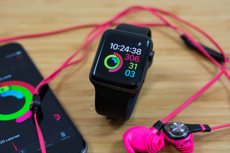 Apple researching whether its smartwatch can be used to detect heart problems