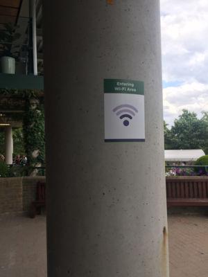 ویمبلدون با استفاده از علائم Wi-Fi مختلف نشان می دهد که سیگنال باید در یک منطقه مشخص چقدر قوی باشد.