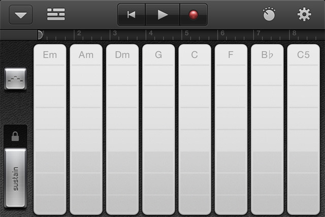 You can now use the arpeggiator with smart keyboards.
