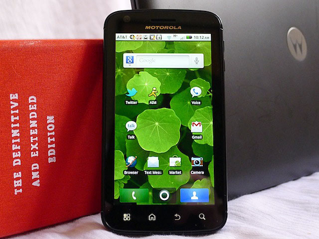 Jack of three trades, master of one: Ars reviews the Motorola Atrix 4G