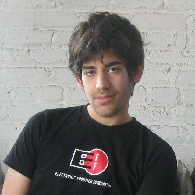 Former Reddit co-owner arrested for excessive JSTOR downloads